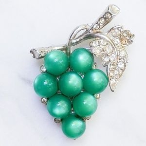 Vintage Coro Moonglow Thermoset Grape Cluster Pin